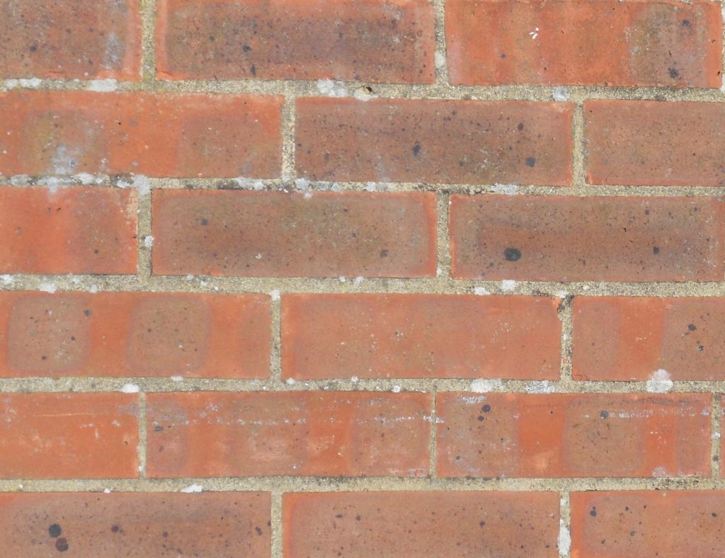 Cavity wall brick pattern